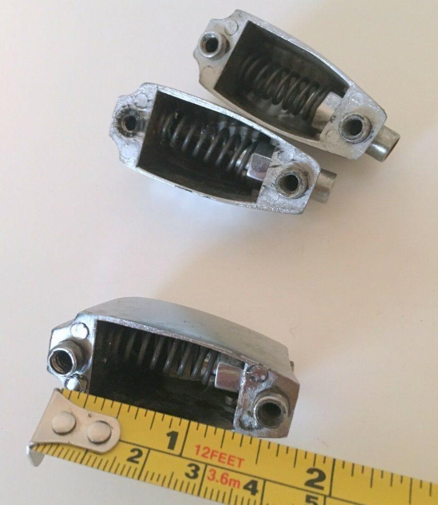 Slingerland small beavertail lug casings